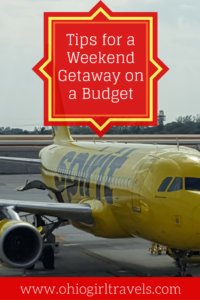 Who said weekend getaways had to be expensive? Check out these awesome budget travel tips so you can go on a weekend getaway without breaking the bank. I bet you're not doing #1 and #2. Don't forget to save this to your travel board.