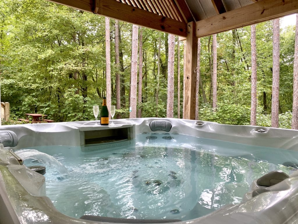 Hot Tub at Water's Edge Cabin