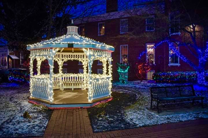 Christmas in Lebanon Ohio